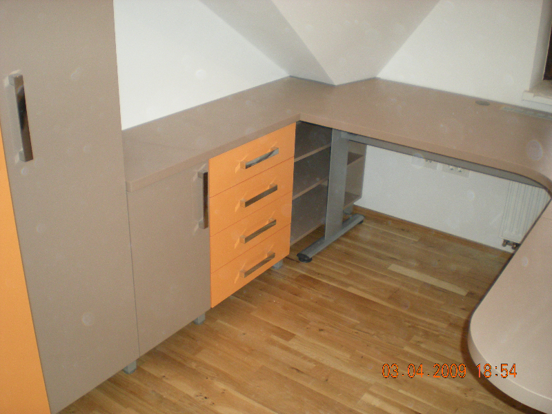 pisarna-1